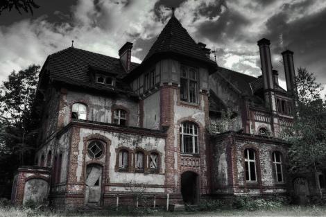Haunted House Zach Diamond